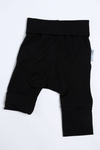 Noir, short 6M-3T